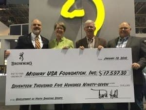 Browning Donates to MidwayUSA Foundation