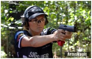 team-sig-member-lena-miculek-wins-generation-iii-gun-championship