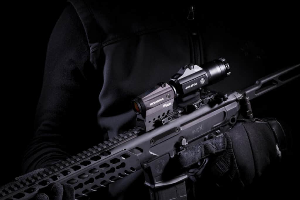 SIG JULIET4 4X Magnifier with ROMEO4 Red Dot Sight