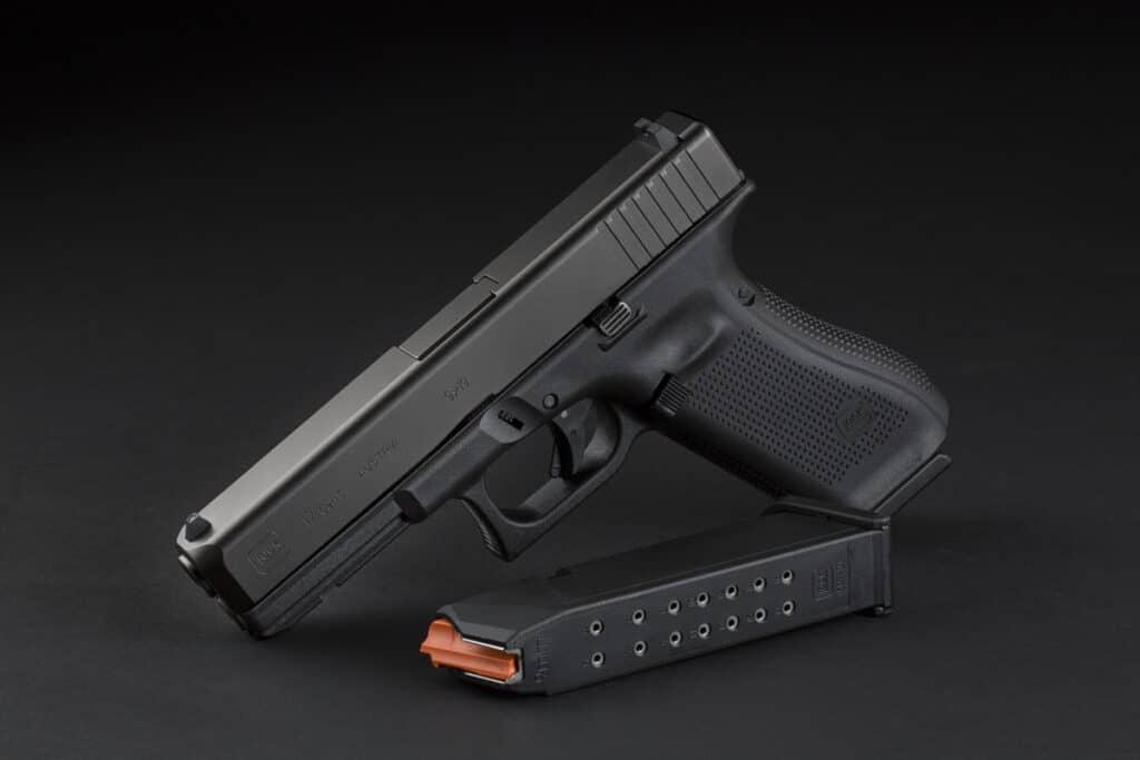 Glock G17 Gen5 with Magazine