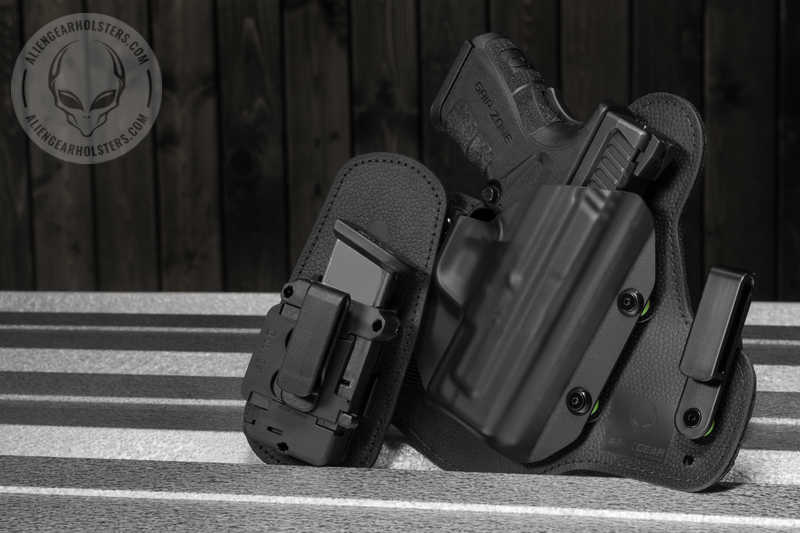 FNS 9 Compact Pistol with Cloak Tuck 3 0 & Mag Carrier