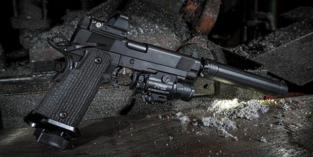 SureFire X400U and X400UH WeaponLights