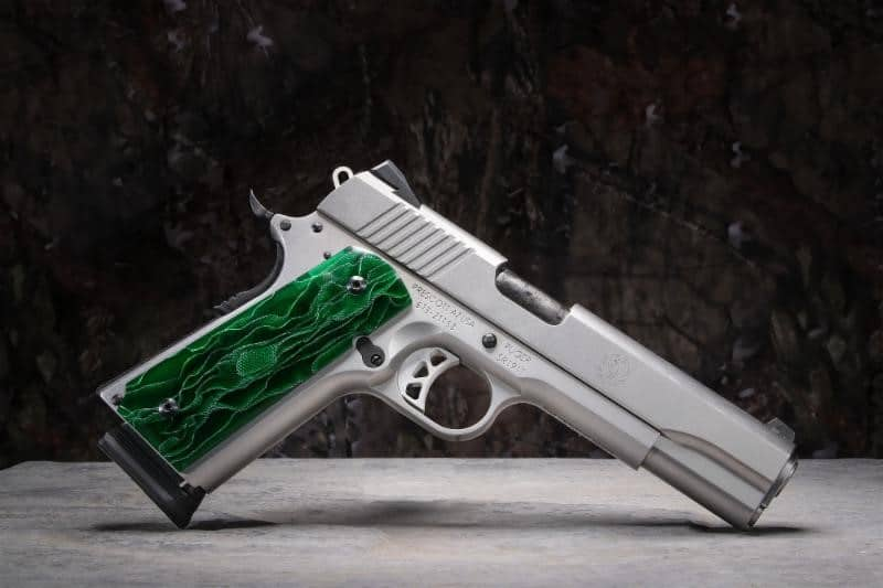 Ruger SR1911 with Pachmayr Alume 1911 Grips by Raffir