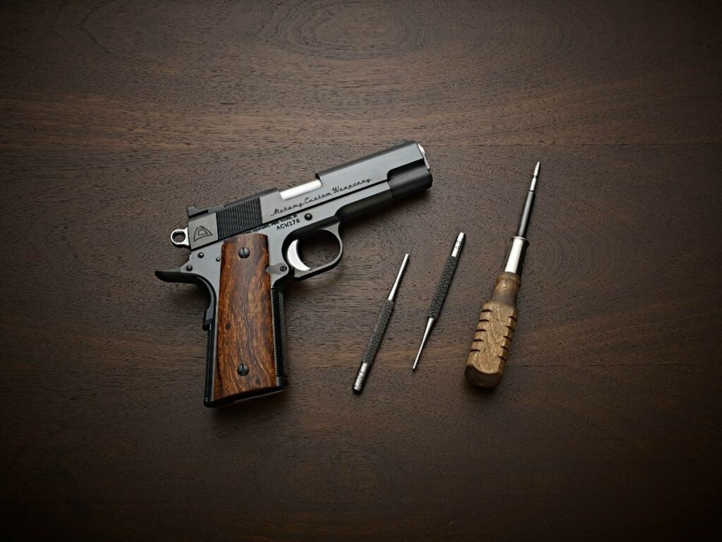 Alchemy Custom Weaponry Classic Carry 1911
