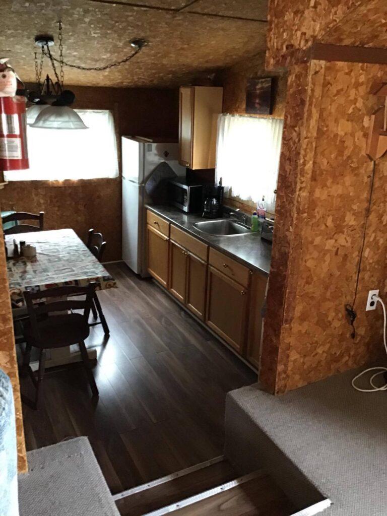 Kitchenette-Boat-House