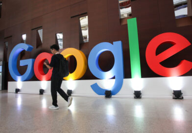 Google Play drops commissions to 15% from 30%, following Apple's move last year – TechCrunch