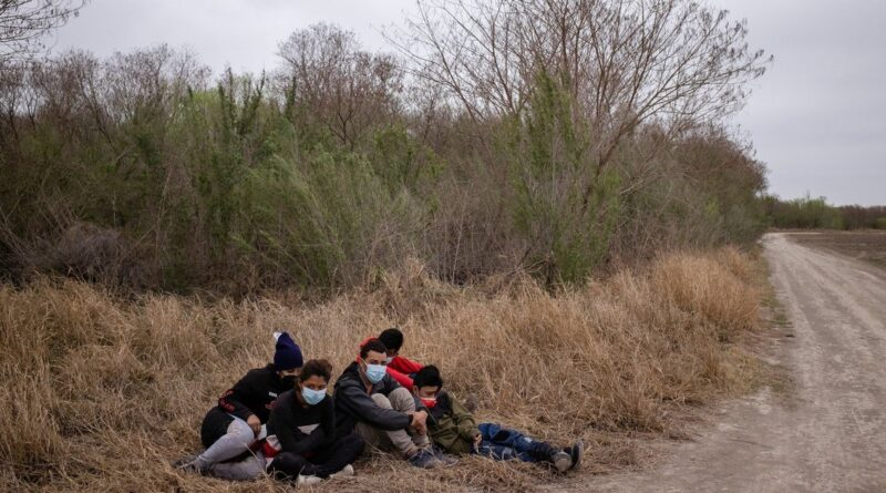 Teenage migrant boys head to Dallas, Midland to alleviate overcrowding