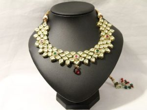 Authentic Kundan Necklace with Meenakari Work
