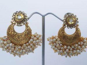 Kundan Pearl Cluster Gold Collar Necklace & Chaand Bali Earrings