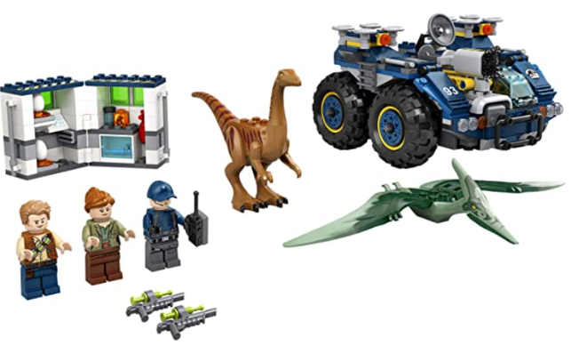 LEGO Jurassic World Gallimimus and Pteranodon Breakout 75940, Dinosaur Building Kit for Kids