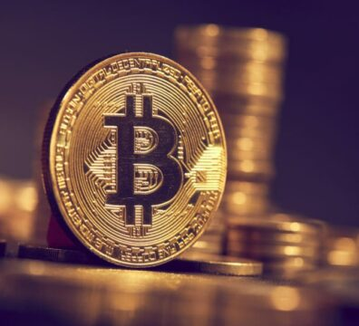 Bitcoin surges above $44,000