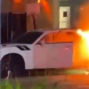 Burning Dodge Challenger caught on camera amid Miami Beach riots