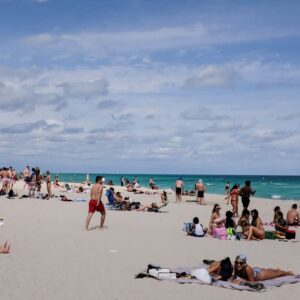 Miami Beach mayor wants another CURFEW for Memorial Day after unruly Spring Break crowds led to mayhem