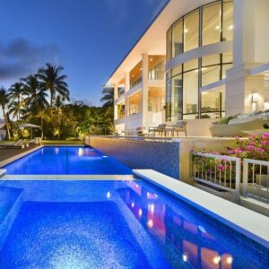Venezuelan oil magnate sells waterfront Key Biscayne mansion for $17M