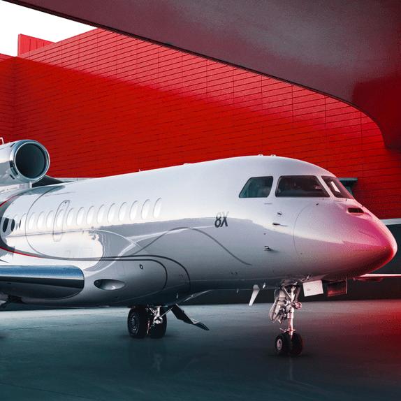 Luxury-jet buzz swirls as Dassault preps new Falcon