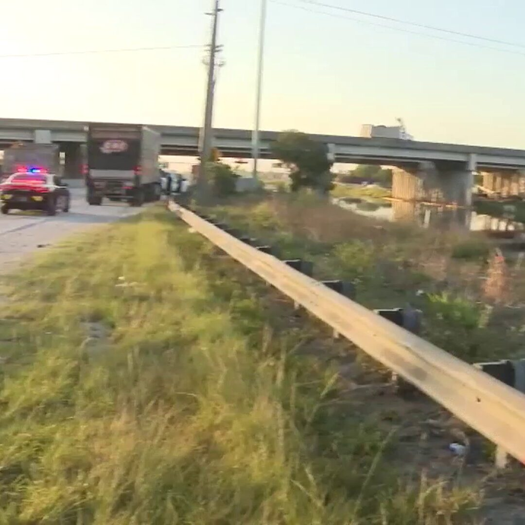 2 people pulled from water after car plunges into northwest Miami-Dade canal