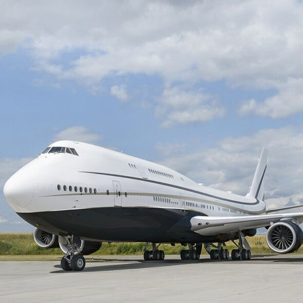 In Pictures: Inside The Boeing 747 Flying Mansion Private Jet