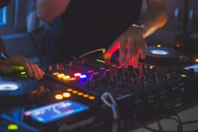 In order to learn how to DJ you will need access to equipment that you can learn to mix on.