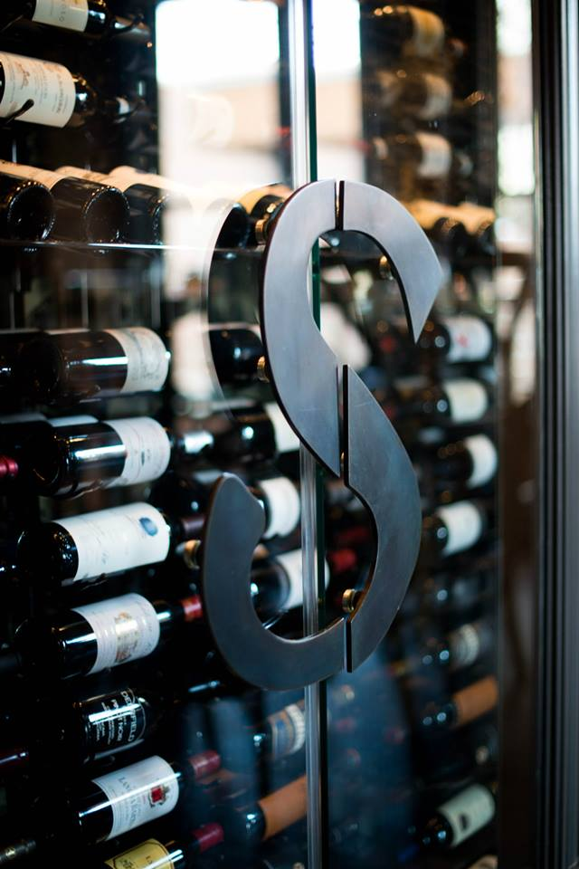 Solitaire Wine Celler