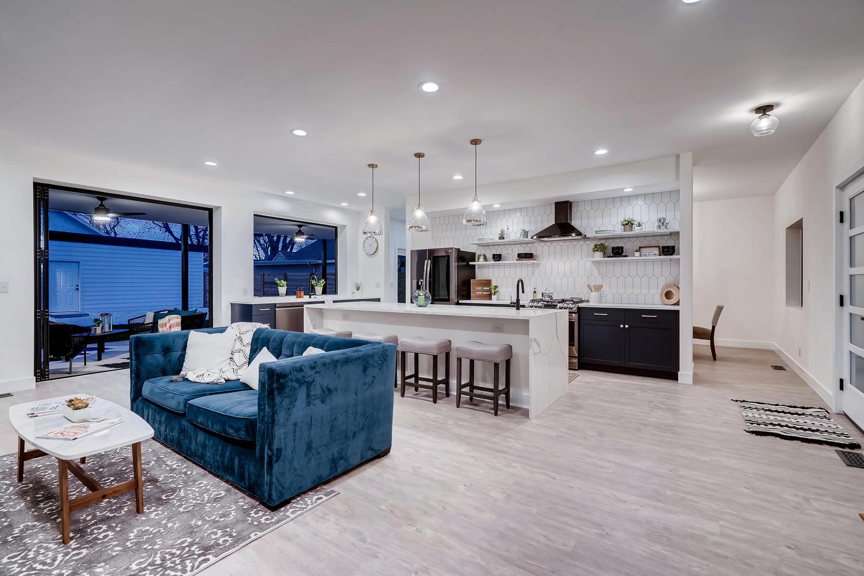 4901 Meade St Denver CO 80221-large-006-025-Living Room-1500×1000-72dpi