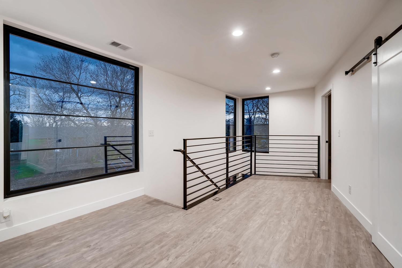 4901 Meade St Denver CO 80221-large-027-019-2nd Floor Landing-1500×999-72dpi