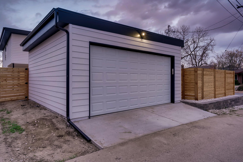 4901 Meade St Denver CO 80221-large-037-038-Garage-1500×999-72dpi