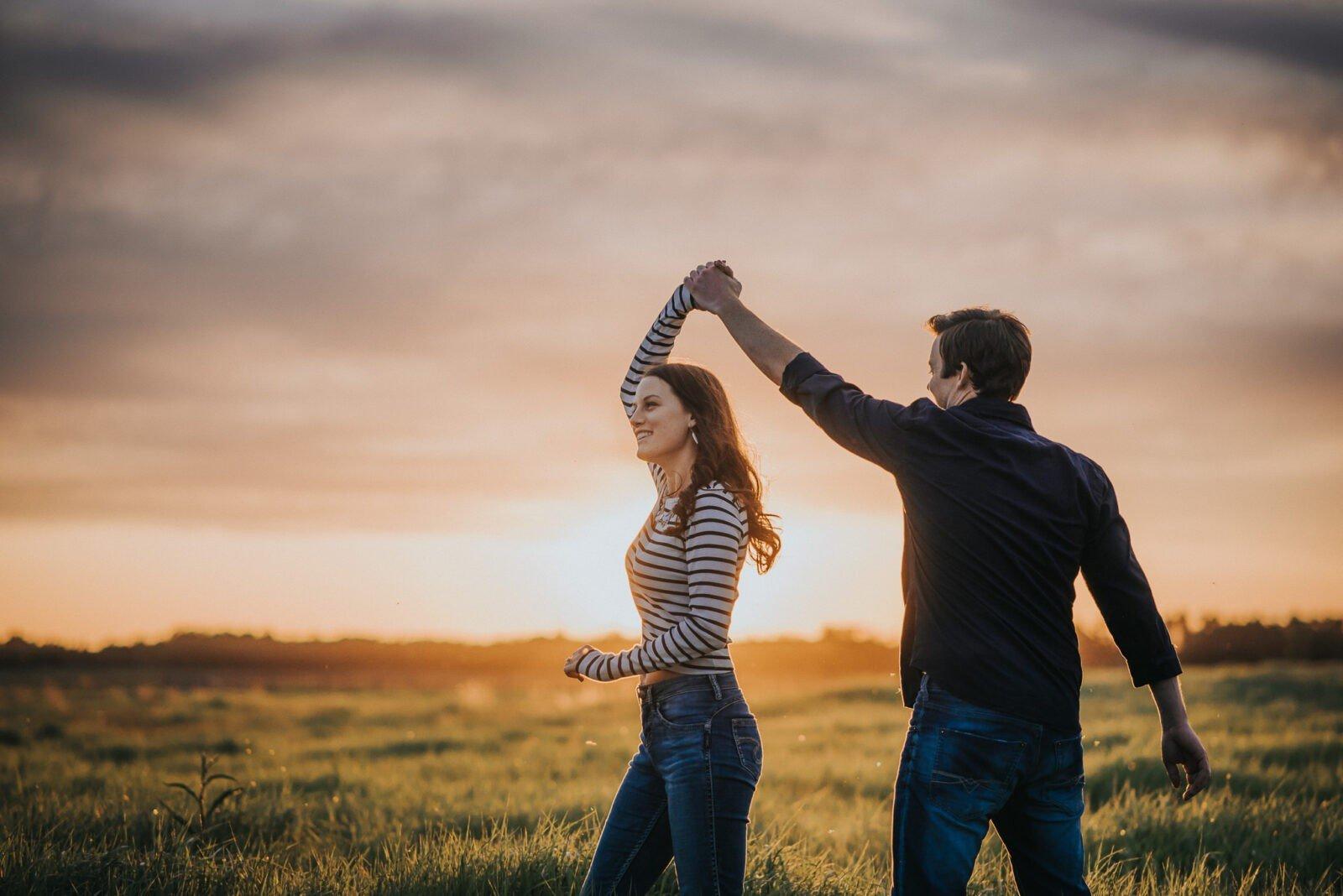 camrose sunset engagement session