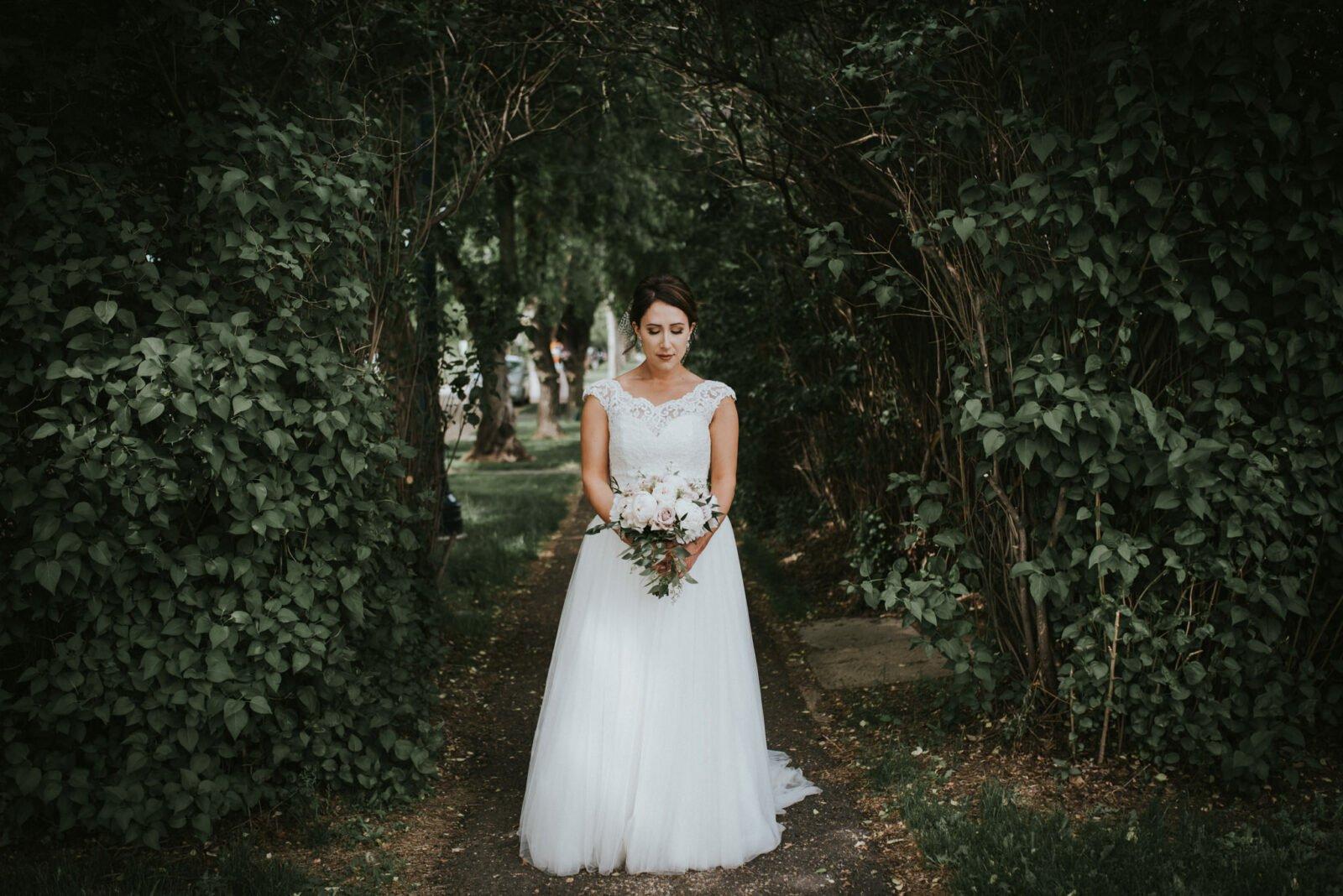 edmonton river valley wedding