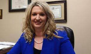 Attorney Jennifer Bunker Skerston presented for the Parkinson's Support Group