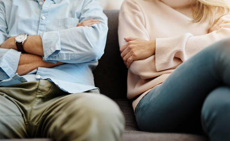 How to Break Yourself Free from a Financially Abusive Spouse