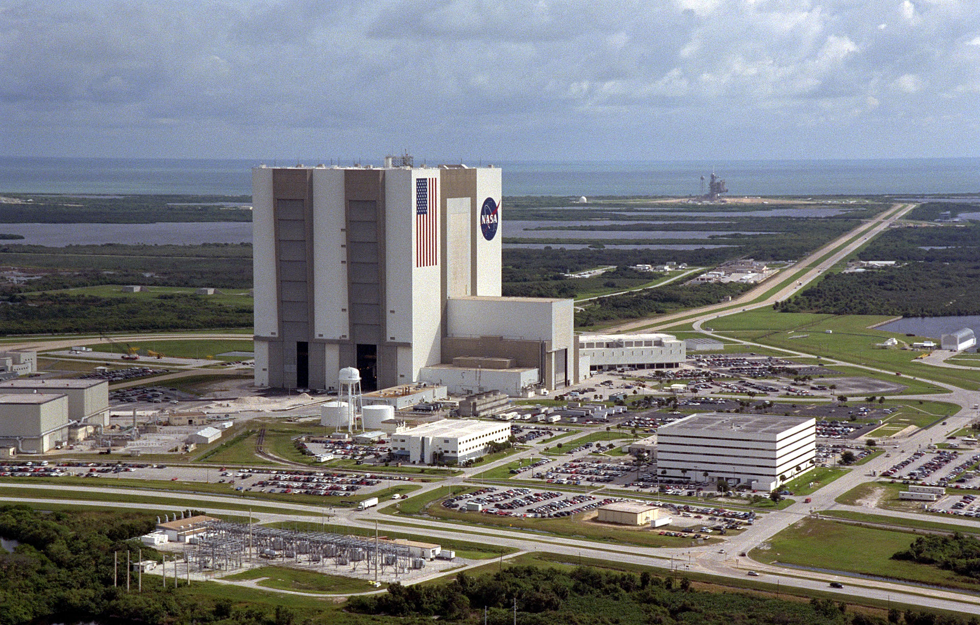 Launch Complex 39 and the Vehicle Assembly Building (VAB) at NASA's Kennedy Space Center are situated ten miles north of Port Canaveral (Image: NASA)