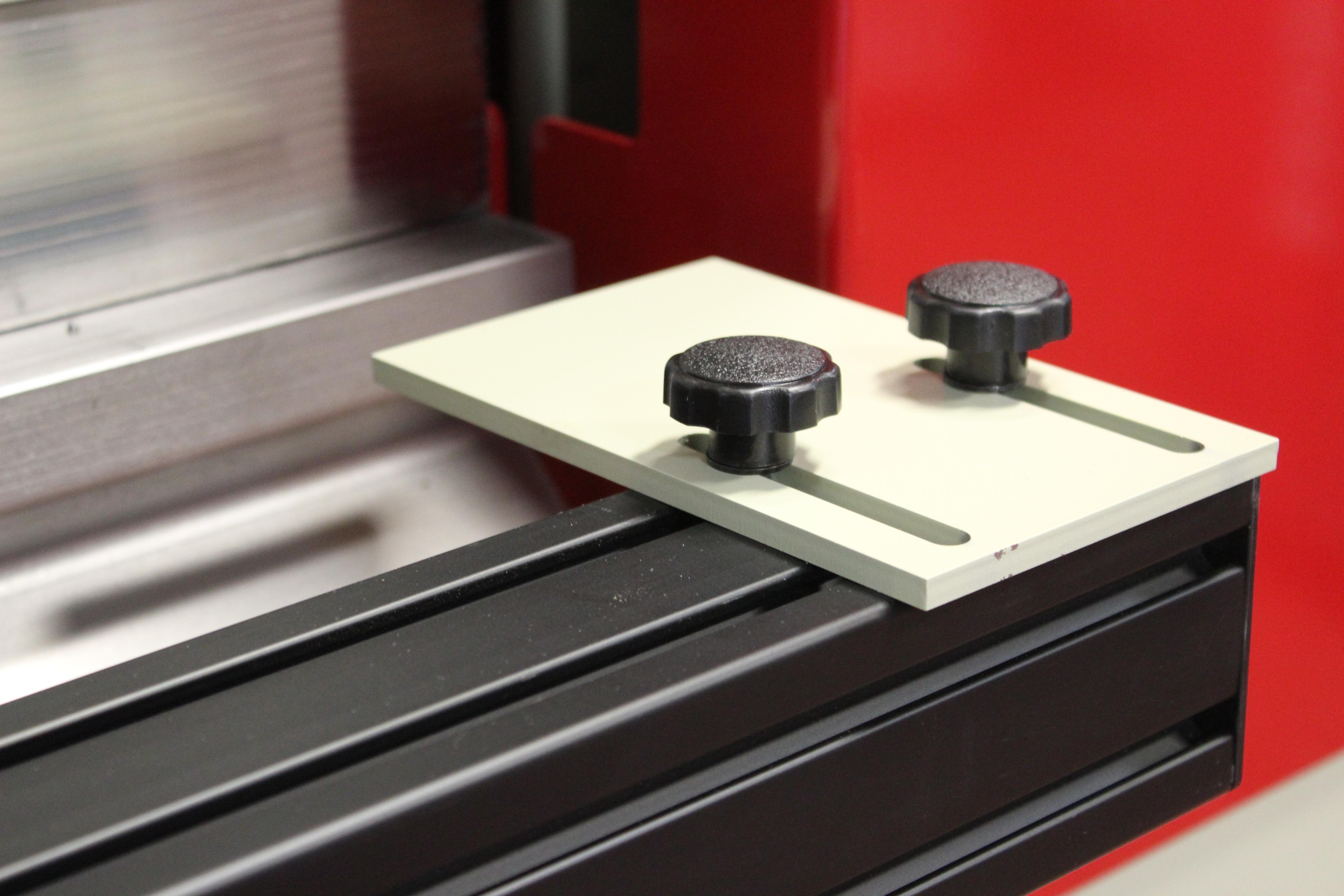 manual slide backgauge