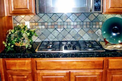 projects-kitchen-black-stove-top