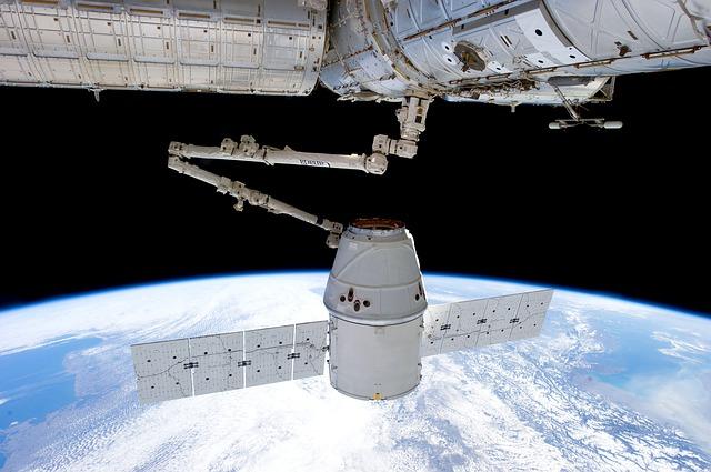 Elon Musk va a traer internet satelital a América Latina