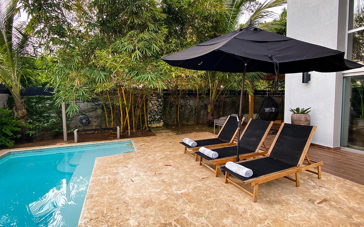 casa de las olas pool 2