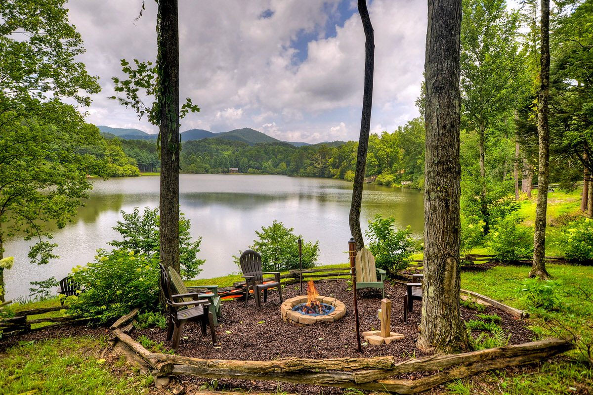 lake buckhorn lodge 2