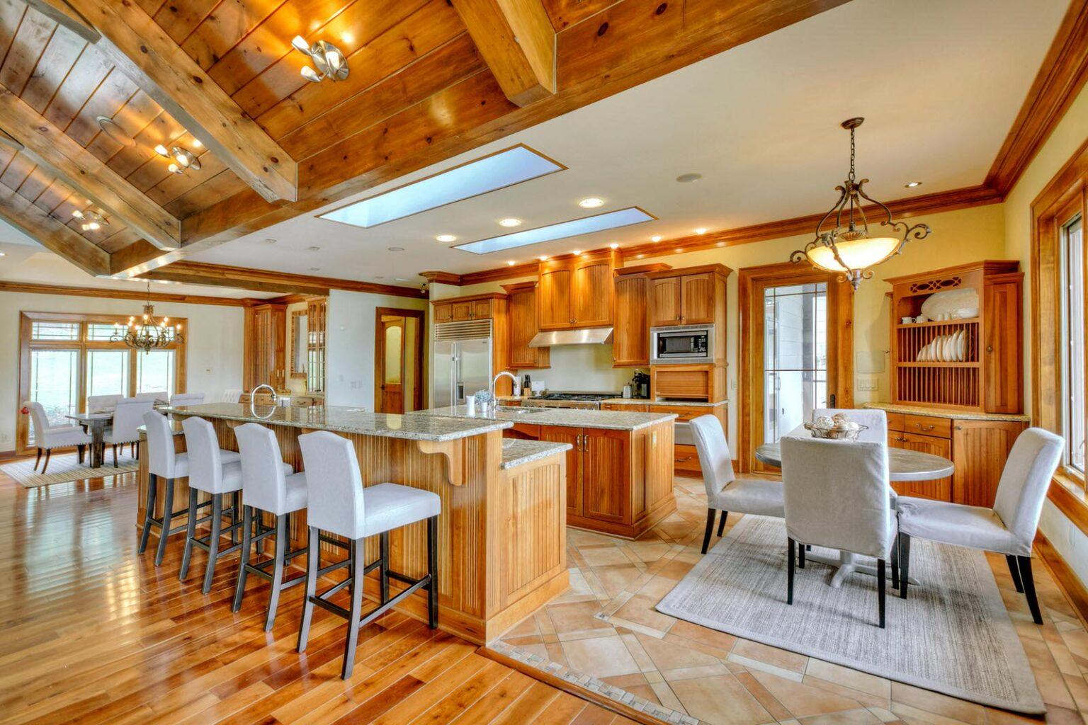 mountain mansion kitchen dining