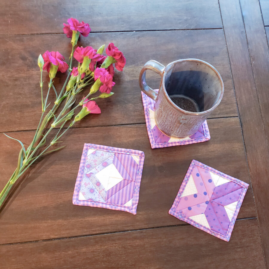 XOXO COASTERS: FREE PATTERN DOWNLOAD