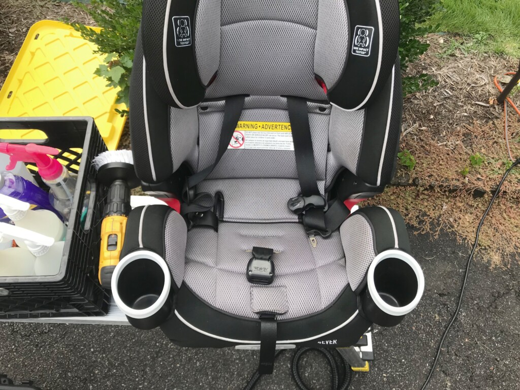 Child seat shampoo after full