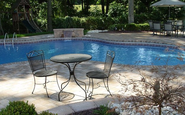 Pavers Patio and Pool Surround with Bullnose Paving 07726