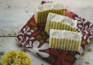 Lemon-Poppyseed Soap