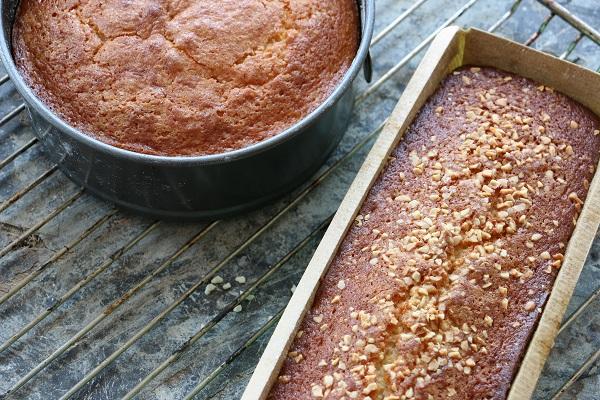עוגת ליקח פשוטה וטעימה ללא מיקסר-מתכון קל-טליה הדר מהבלוג EshetStyle (צילום: טליה הדר)