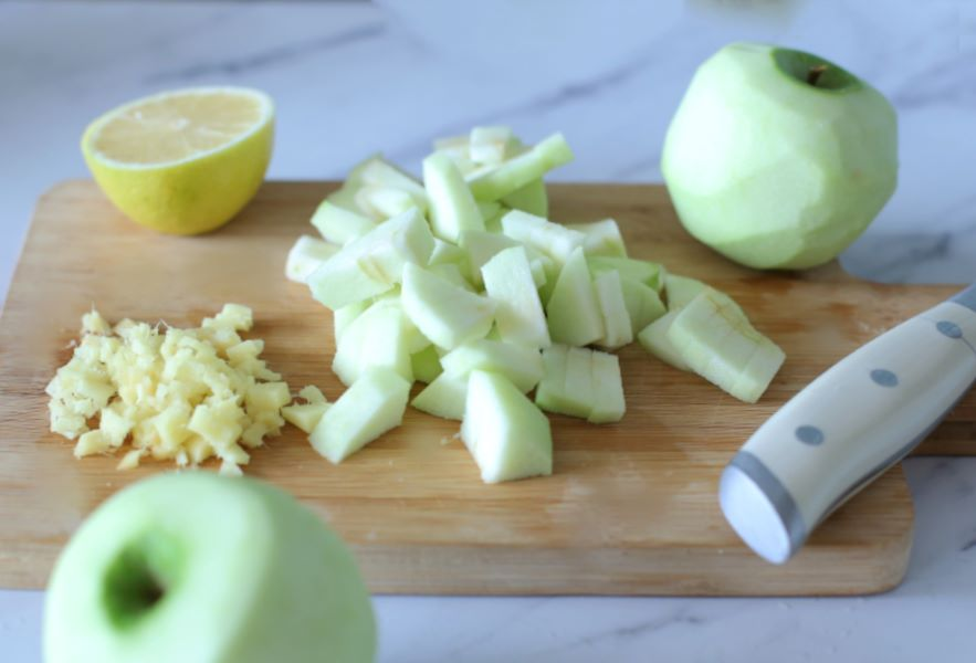 מרכיבים לקינוח טעים לראש השנה_קרפ ותפוחים_צילום טליה הדר אשת סטייל