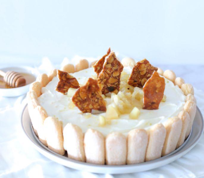 עוגת קרם ותפוחים_קינוח לראש השנה_ צילום ומתכון טליה הדר אשת סטייל