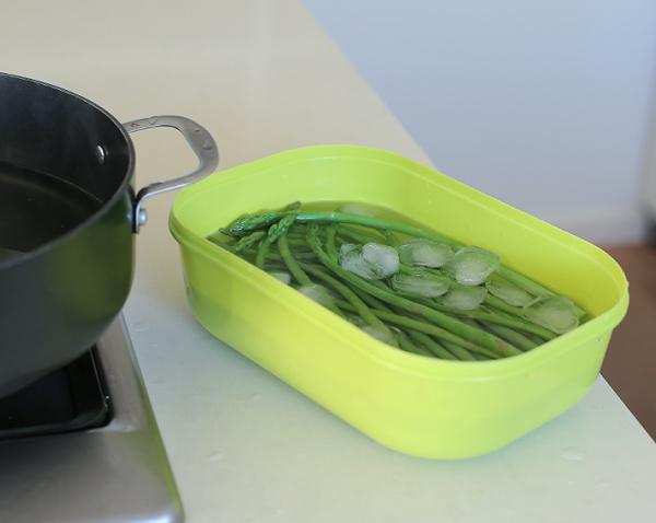 איך חולטים אספרגוס_טיפים פרקטיים במטבח_טליה הדר אשת סטייל
