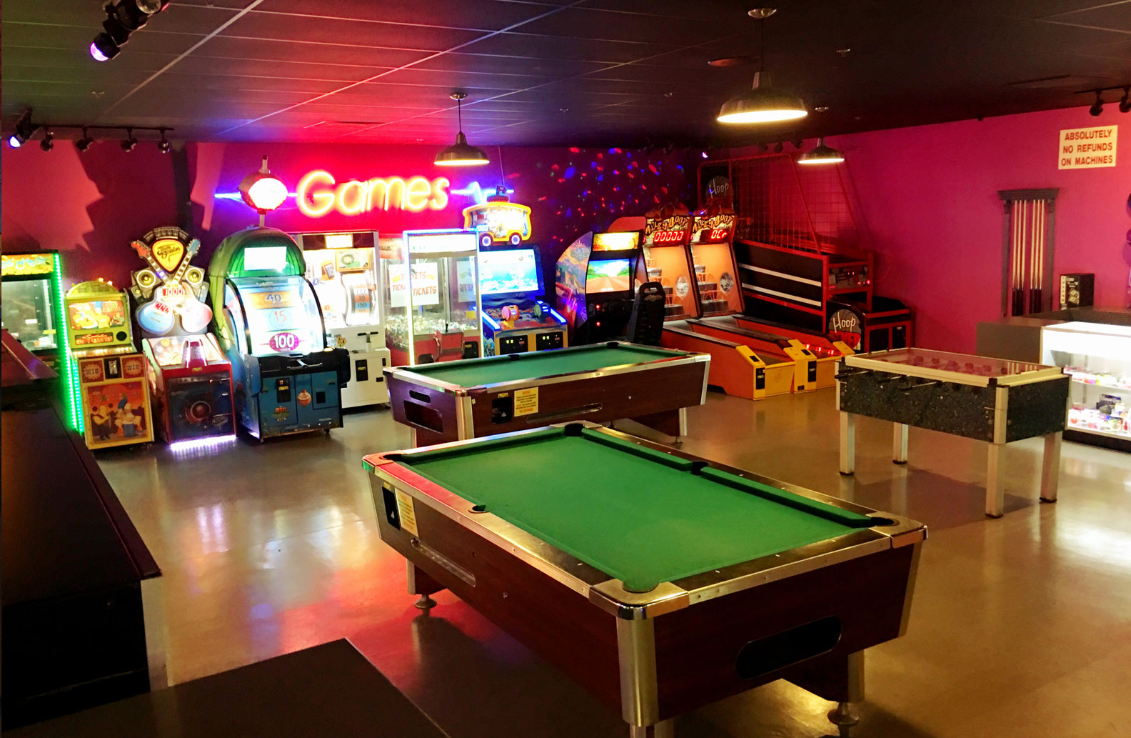 Double Decker Lanes Game Center