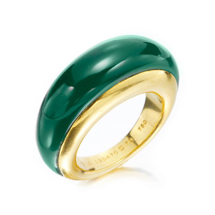 A Chrysoprase and Gold Ring, by Van Cleef & Arpels, circa 1975