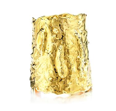An 18k Gold 'Jackie O' Cuff Bracelet, by Van Cleef & Arpels