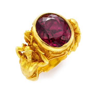 An Antique Almondine Garnet and Gold Ring, circa 1900
