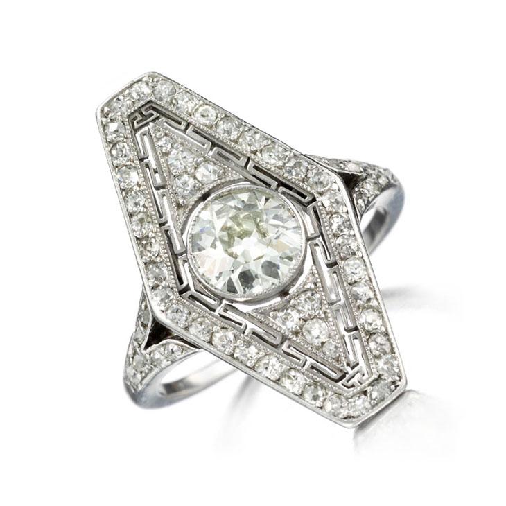 An Art Deco Diamond Ring, circa 1915